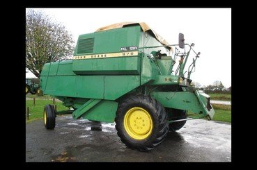 Moissonneuse batteuse John Deere Mb975 - 1