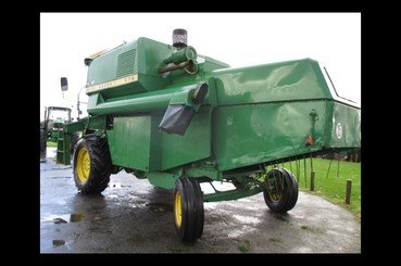 Moissonneuse batteuse John Deere Mb975 - 3