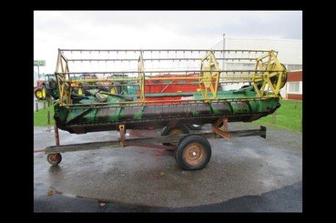 Moissonneuse batteuse John Deere Mb975 - 7