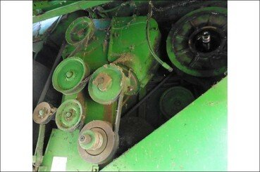 Moissonneuse batteuse John Deere 2064 - 7