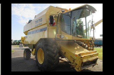 Moissonneuse batteuse New Holland Tf78 - 1