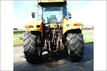 Tracteur agricole Renault Ares610rz - 12