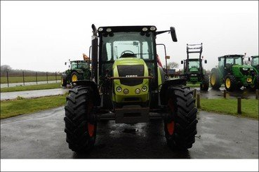 Tracteur agricole Claas Arion 420 - 6