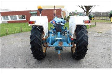 Tracteur agricole Ford 4000 - 2