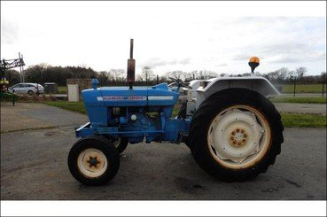 Tracteur agricole Ford 4000 - 7