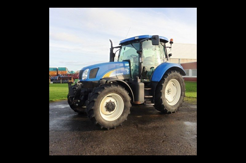 Tracteur agricole New Holland T6050 plus - 1