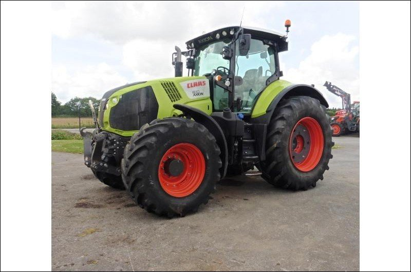 Tracteur agricole Claas Axion 830 cmatic - 1